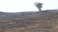 البيضاء.. مدفعية الجيش تستهدف تجمعات حوثية في جبهة القنذع