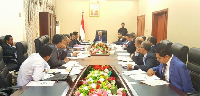 Cabinet discusses troubles of Yemeni students, electricity