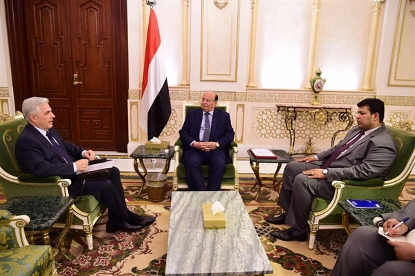 Hadi exalts Russian positions towards Yemen
