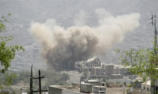 Houthi-Saleh militias shell neighborhoods of Taiz