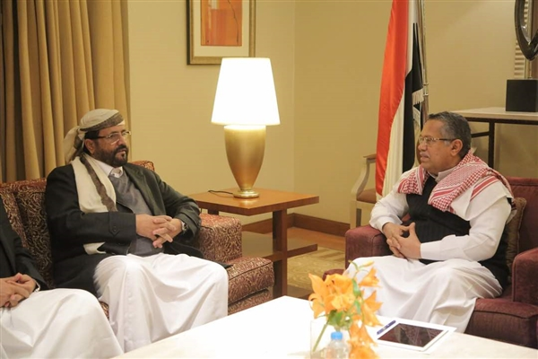 PM discusses Marib security and services with governor
