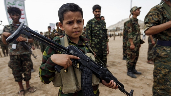 Houthis send children to warzones, spare adults