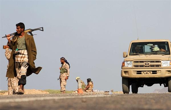 تعز: الجيش يحرر عدة قرى بالمخا وسقوط العشرات في صفوف المليشيات