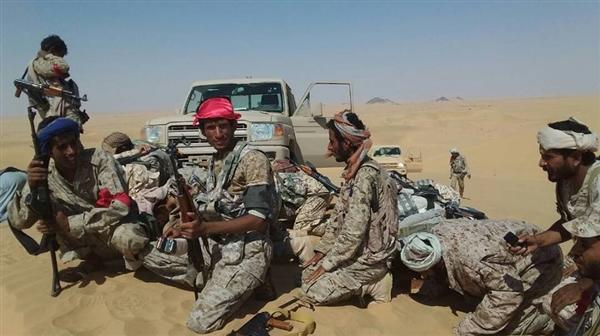 مسؤول محلي: انشقاق أكثر من 25 حوثياً بينهم قيادي ميداني بمحافظة الجوف