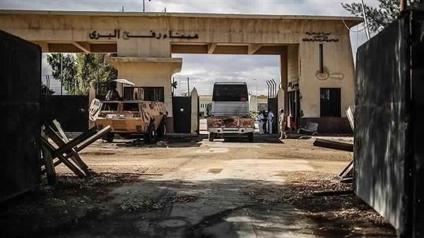سفارة فلسطين بالقاهرة: إغلاق معبر رفح بشكل مفاجئ بعد فتحه ليوم واحد