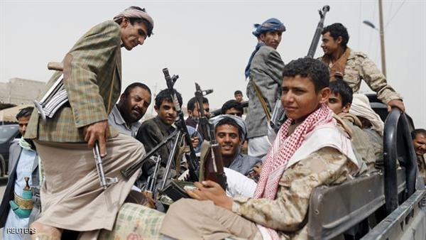 Houthis subject 42 military officers to sectarian radicalization courses