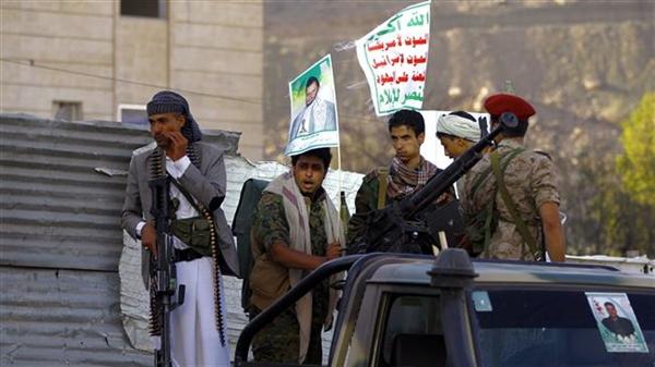 مليشيا الحوثي والمتاجرة بمعاناة المواطنين (تقرير مُتلفز)
