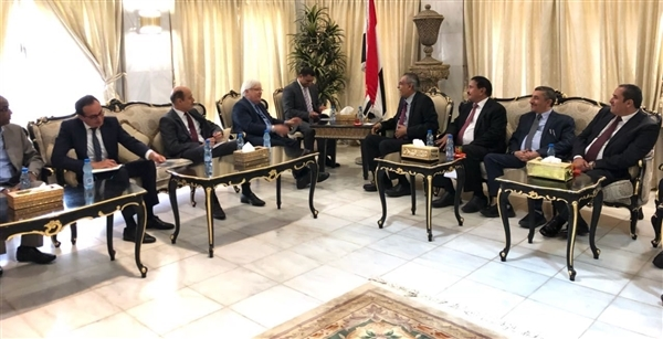 Shaddadi to UN envoy: Peace will come only by Houthi handover of heavy weapons