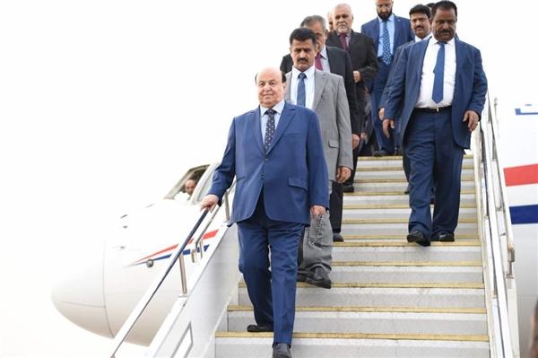 الرئيس هادي يصل عدن ويؤكد أنه حان الانتصار لإرادة الشعب