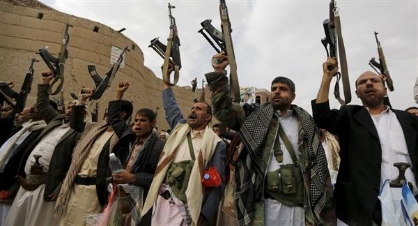 مليشيا الحوثي تصدر تعميما تلزم فيه أطباء إب بالذهاب للحديدة والأطباء يرفضون