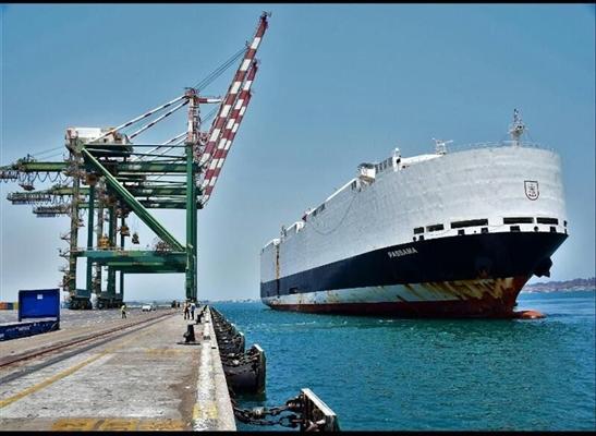 التحالف: إصدار 5 تصاريح لسفن والمليشيات تعطل دخول سفينتين لأكثر من اسبوعين