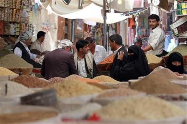 صحيفة: مليشيات الحوثي تستعد لفرض زيادة جديدة على ضرائب السلع المستوردة