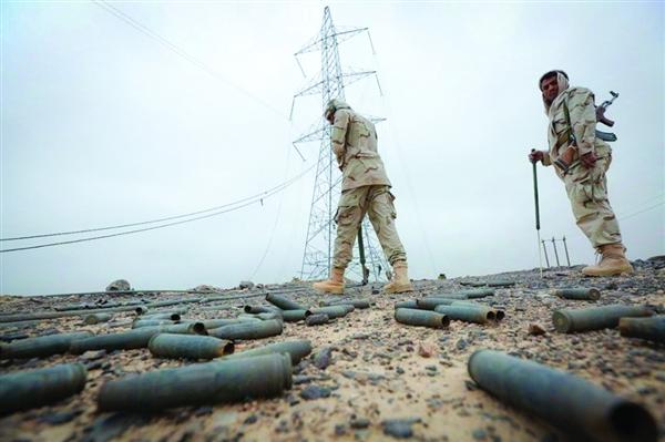 الجيش يفكك حقول ألغام حوثية في محافظتي