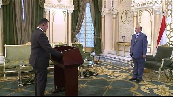 عقب أداء اليمين الدستورية.. رئيس الوزراء : سنبذل قصار جهودنا لتجاوز تحديات الواقع