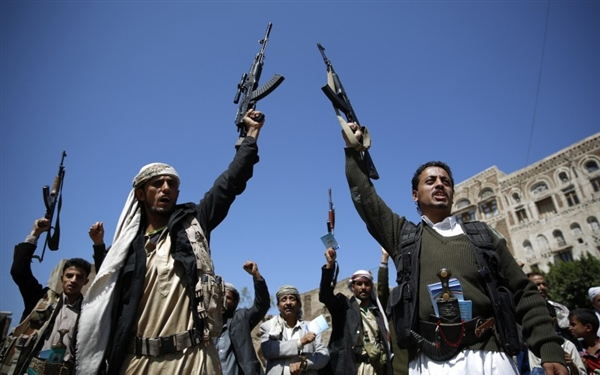 Houthis create 70 new private detentions in Hodeida