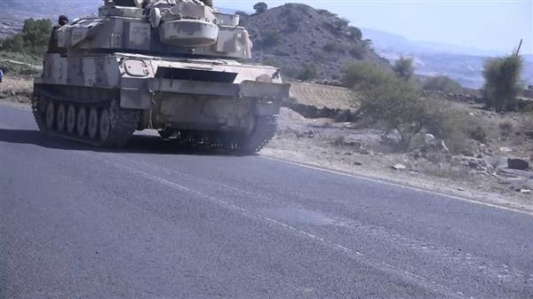 قائد محور إب: الجيش تجاوز تحصينات الحوثيين ولن يتوقف في دمت (فيديو)