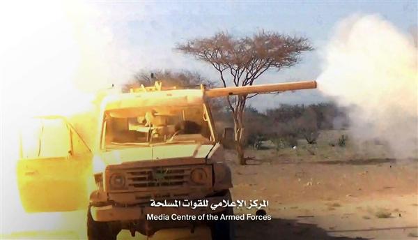 مصرع أكثر من 7 حوثيين في مواجهات مع الجيش غرب الجوف