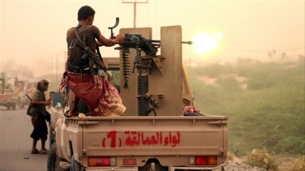 Military sources: Houthis continue violating ceasefire in Hodeida