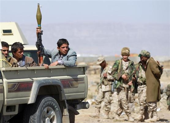 مليشيا الحوثي في إب تفرق وقفة احتجاجية نددت بمقل 3 أشقاء برصاص قيادي حوثي