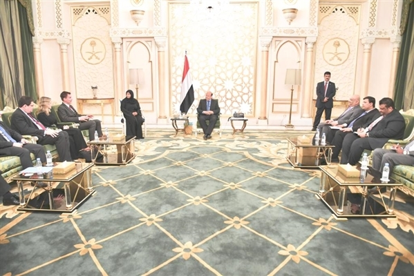 President Hadi, UK Foreign Secretary discuss Stockholm Agreement