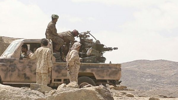 قتلى حوثيون في مواجهات مع الجيش شرق البيضاء