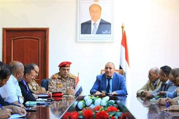 Local authority in Taiz approves arrest of wanted men