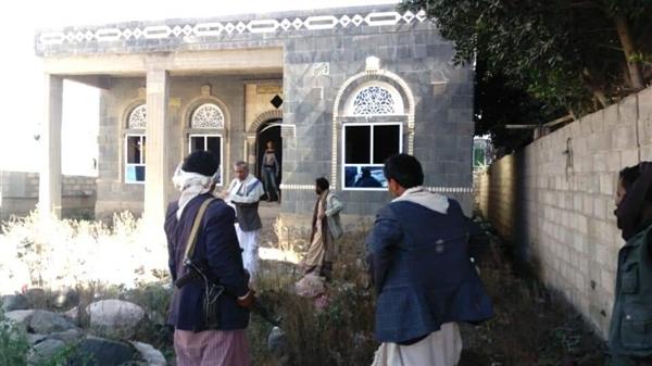الحوثيون يقتحمون مبنى اتحاد الادباء والكتاب بذمار وناشطون يستنكرون