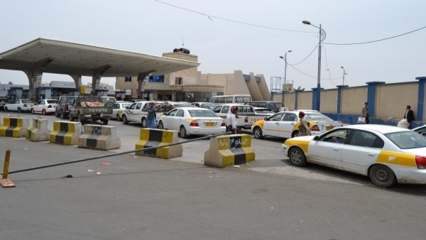 Signs of new fuel shortage in Houthis-held areas