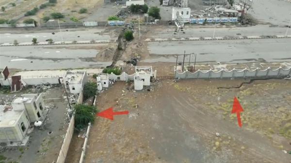 """مليشيا الحوثي تطوق مدينة الحديدة بعشرات الأنفاق والخنادق """"فيديو"""""""