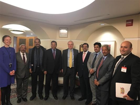وفد برلماني برئاسة جباري يناقش مع مسؤول أمريكي مستجدات الأوضاع في اليمن