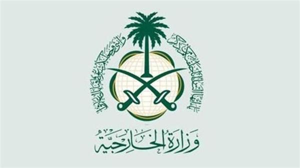 بسبب كورونا.. السعودية تعلق الدخول للعمرة والمسجد النبوي مؤقتاً