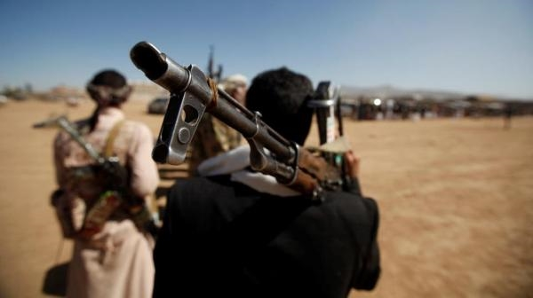 Houthis extort shops' owners again