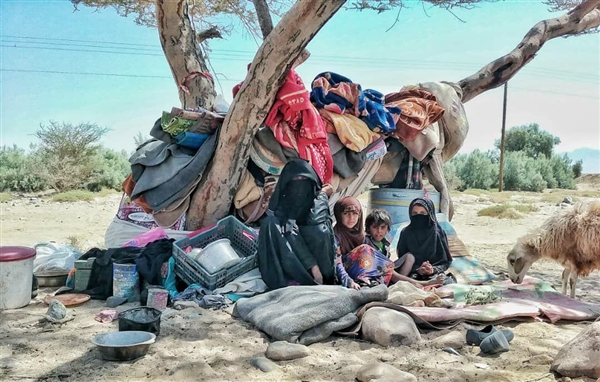 "Chased by Houthis, Yemen refugees live ""years of tears"""