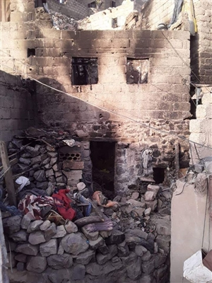 Houthis burn alive marginalized family to death in Taiz. Does anyone care?