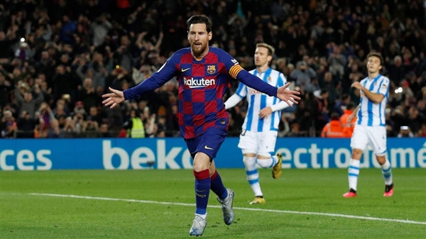 ميسي سيبقى مع برشلونة إلى 2021