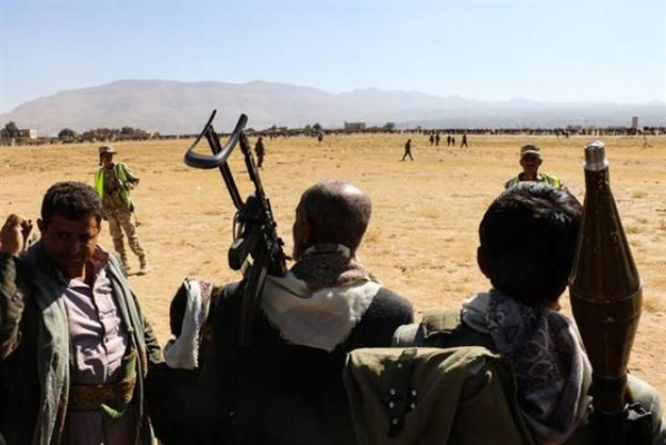 Tribesmen clash with Houthis, control police building in northern Amran