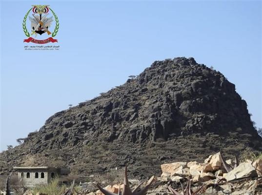 الجيش الوطني يكسر هجوما حوثيا غربي تعز ويعطب مدرعة pmp للمليشيا