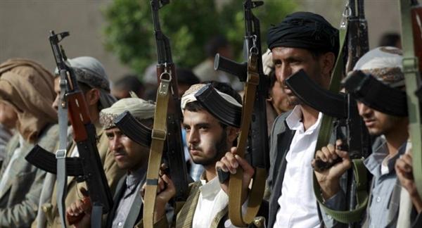 تحت مسمى الزكاة.. مليشيات الحوثي تنهب 150 مليار ريال وتوزعها على قادتها ومراكز الفكر الطائفي