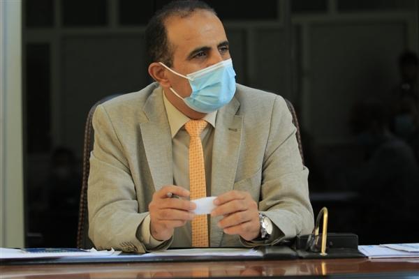 وزير الصحة يقر إنشاء ثلاثة مراكز طبية في هيئة مستشفى مأرب العام