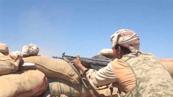 خسائر بشرية ومادية للمليشيا الحوثية بنيران الجيش وطيران التحالف بصرواح