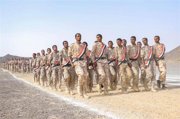 الحكومة تؤكد دعمها للوحدات العسكرية والأمنية في شبوة للحفاظ على استقرار المحافظة