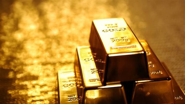 الذهب يصعد بفضل هذه العوامل