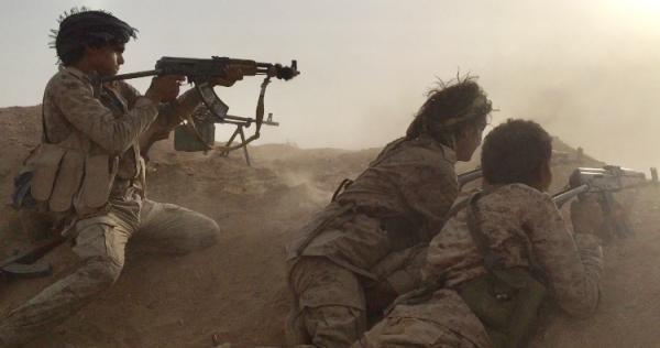 البيضاء.. قوات الجيش تكسر هجومًا لمليشيا الحوثي في جبهة ناطع وتكبّدها خسائر كبيرة