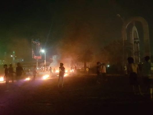 مقتل متظاهر وجرح آخر برصاص الانتقالي في عدن