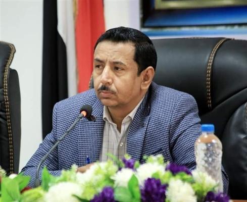 محافظ شبوة يدعو إلى رص الصفوف وتضافر الجهود لمواجهة مليشيا الحوثي